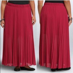 Torrid Pleated Chiffon Maxi Skirt Beet Red 1X